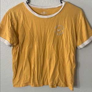 HOLLISTER Yellow Crop Top